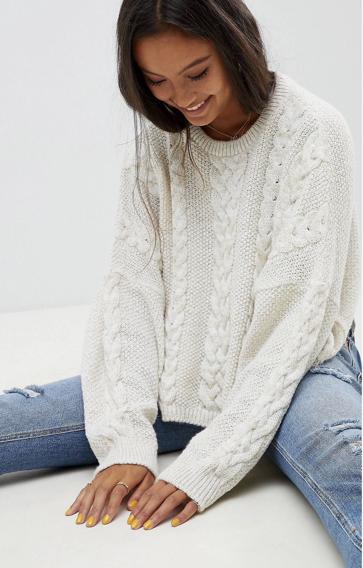 SL1360 Ex Chainstore Cream Crop Oversize Cable Jumper x15