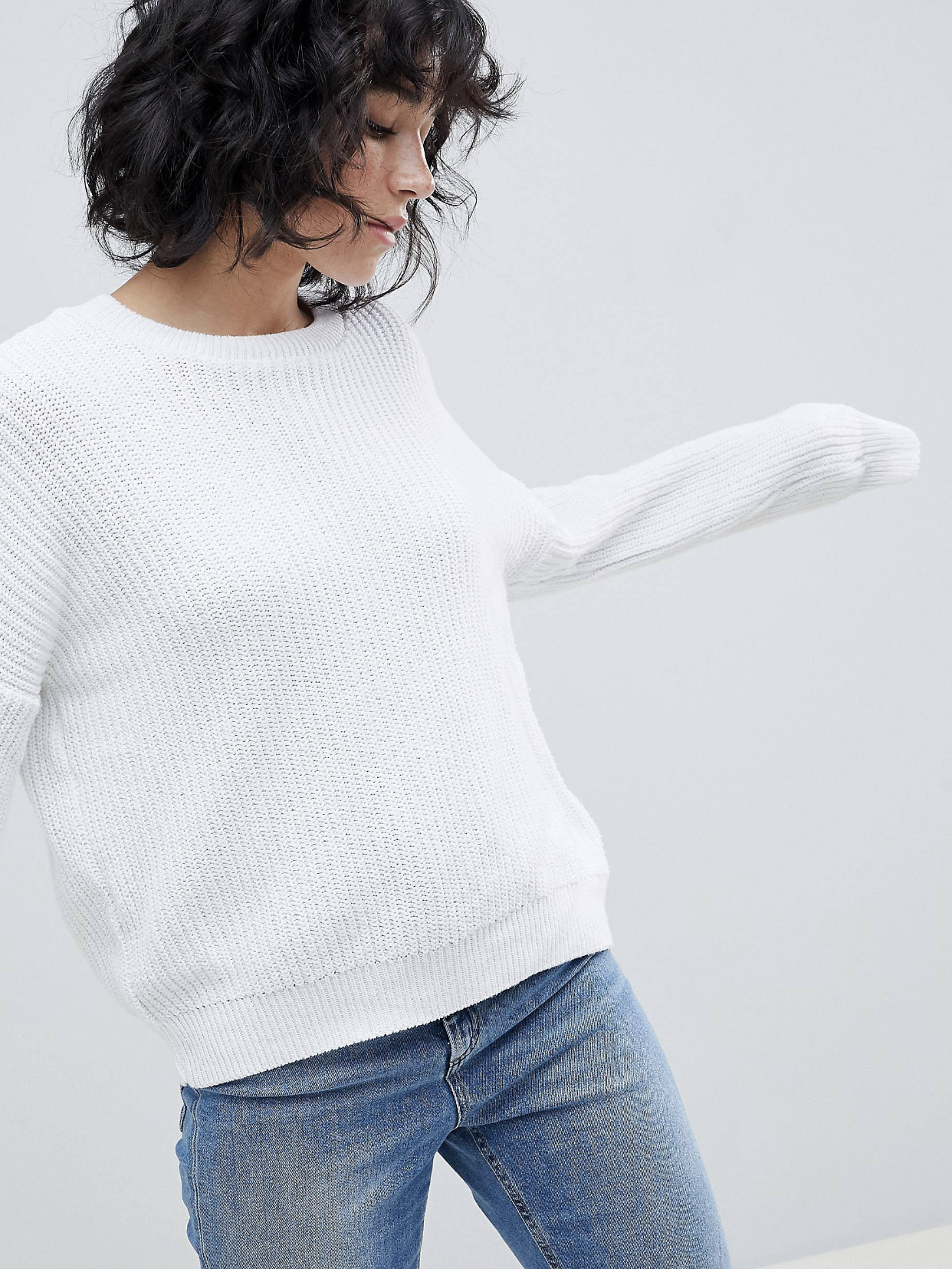 SL1358 Ex Chainstore White Chunky Oversized Crop Jumper x15